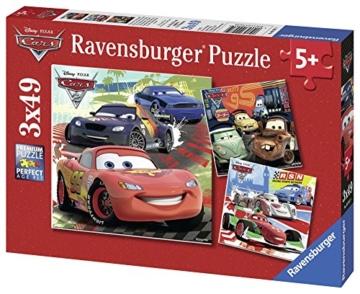 Ravensburger Kinderpuzzle 09281 - Weltweiter Rennspaß - 3 x 49 Teile - 6
